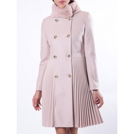Coat With Fur Collar Renaissance