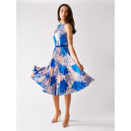 Stylish Dress With Print In The Renaissance