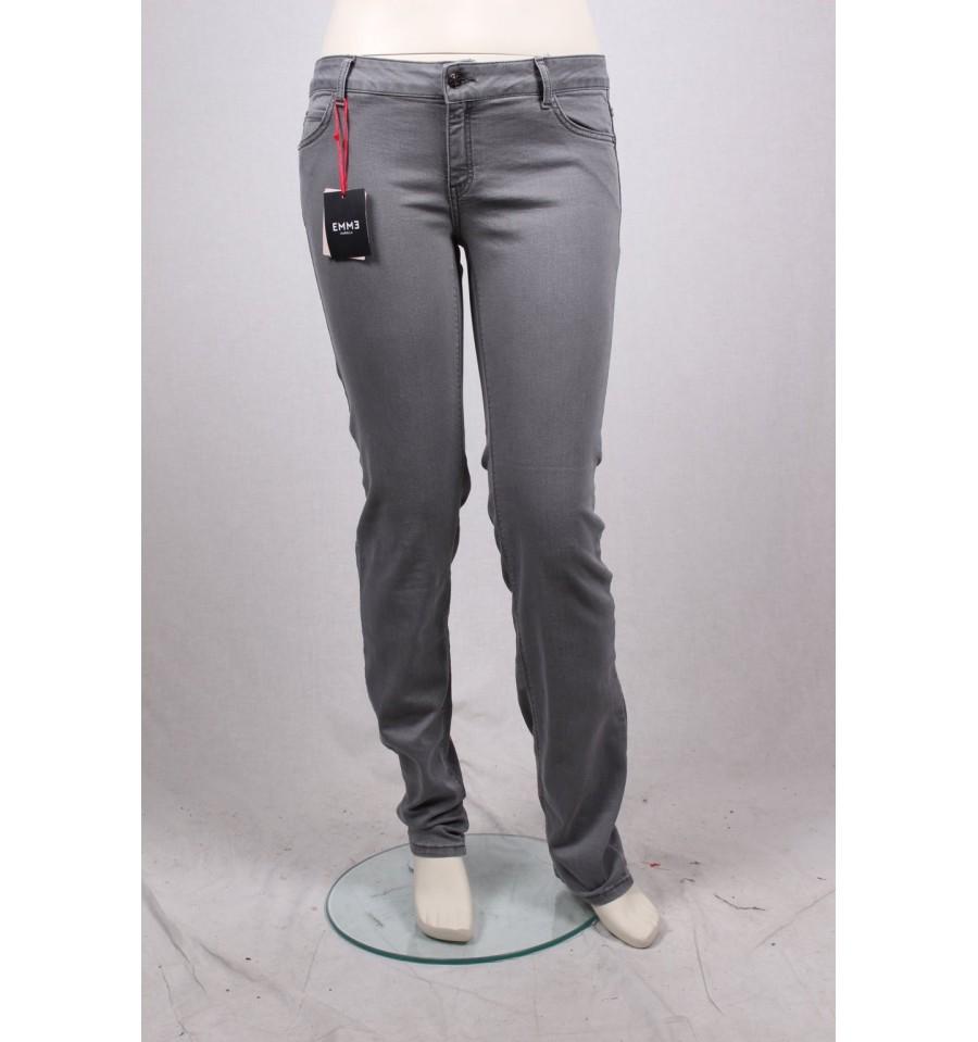 03de4c6293473e Jeans