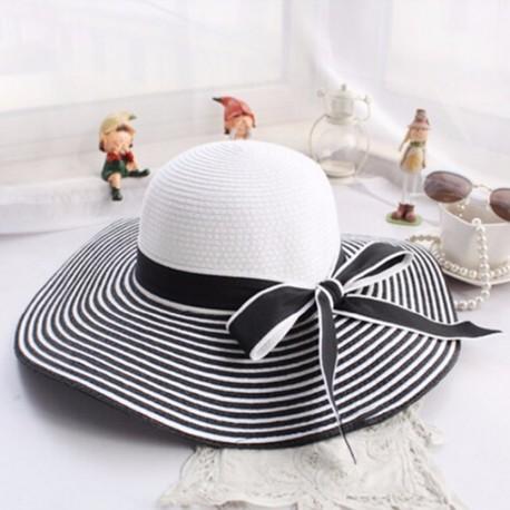Cappello In Paglia A Righe Da Spiaggia