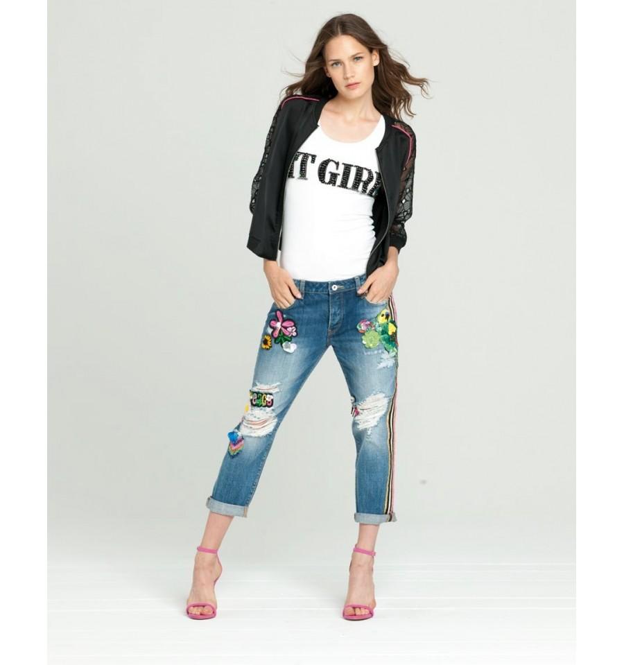 Jeans With Applications Fracomina - Vestiti Firmati Life Smiles 331eda1e3ba