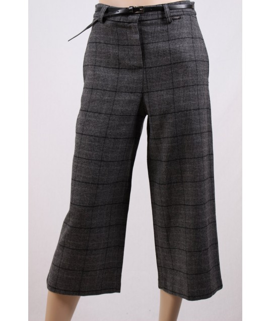 Pantaloni Capri Con Cintura Fracomina